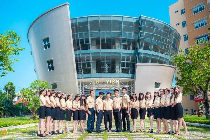 Thư viện Đại Học Ngân Hàng TP. Hồ Chí Minh