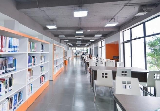 Top 8 trường đại học có thư viện thuộc dạng đẹp nhất Việt Nam 1
