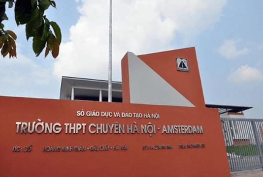 Trường THPT chuyên Hà Nội ( Amsterdam)