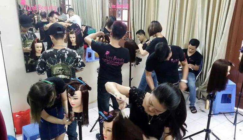 Top 10 trung tâm đào tạo cắt tóc tại Thành Phố Hồ Chí Minh tốt nhất hiện nay 1