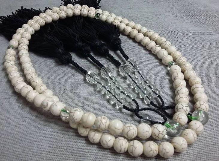 Bạn biết gì về chuỗi vòng đeo cổ phong thủy – xu hướng thời trang mới hiện nay?