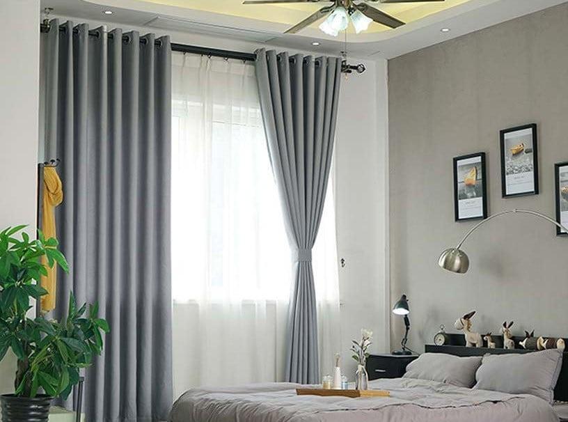 Rèm vải giúp cho không gian phòng ngủ thêm yên tĩnh