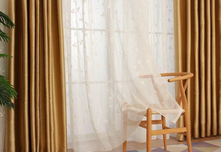 Lựa chọn mẫu rèm mềm mại cho không gian thêm nhẹ nhàng